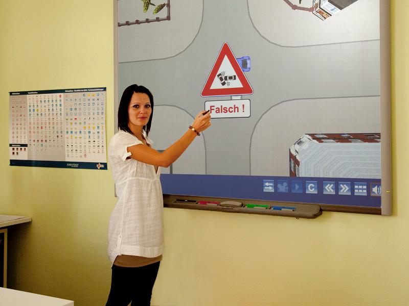 Theorieunterricht bei der Fahrschule Schanz in Reutlingen